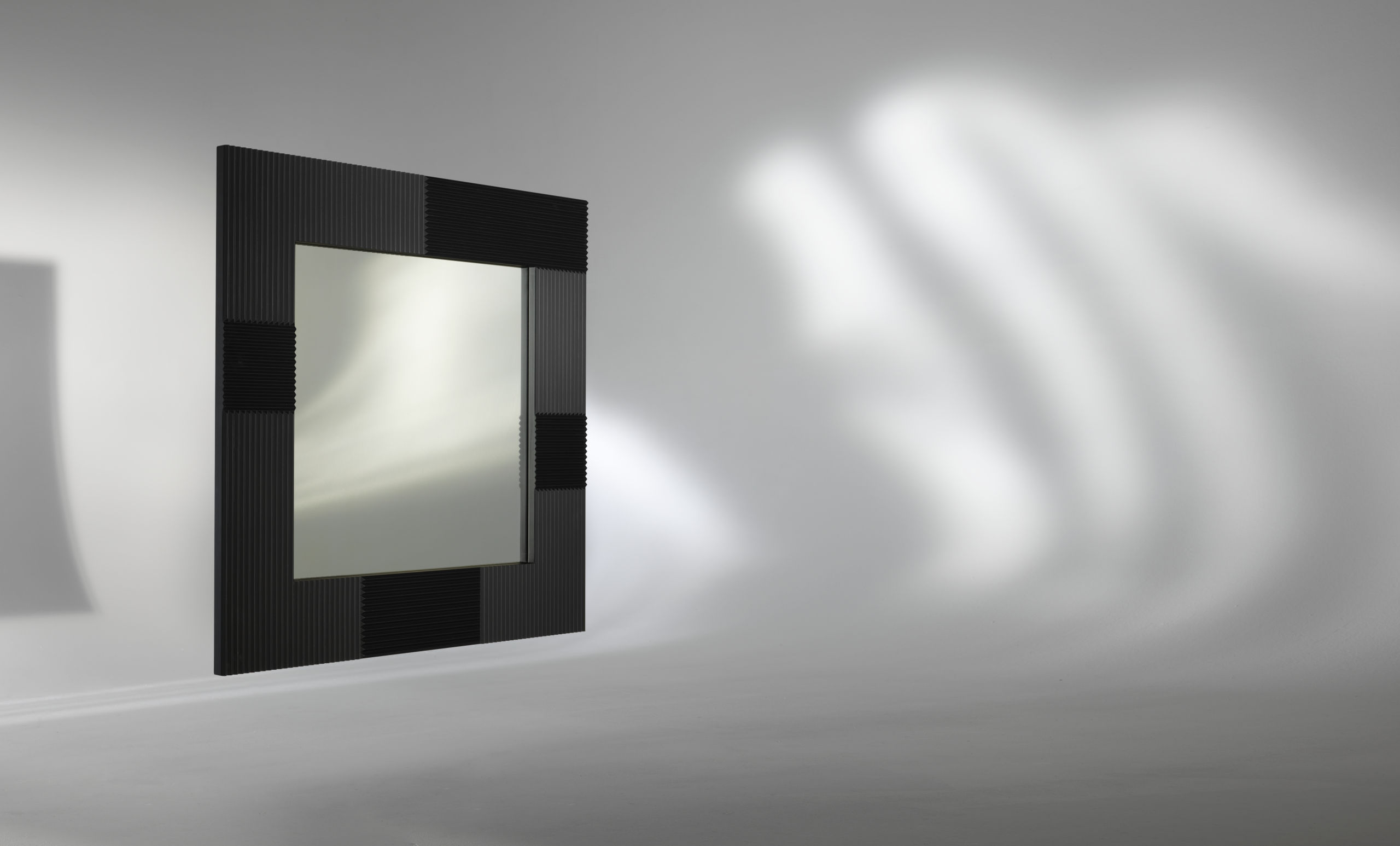 Albedo Design ALBEDO_1 Mirror with MDF support lacquered gold, black or white satin.